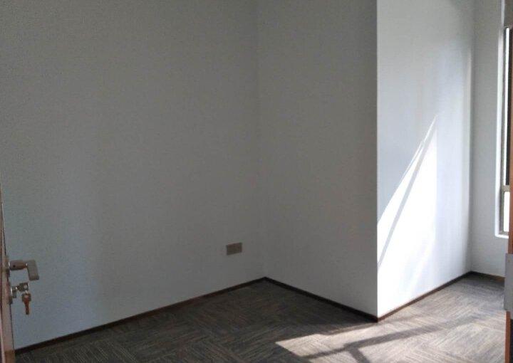 蓝坤集团大夏 220m² 低区 精装图片1