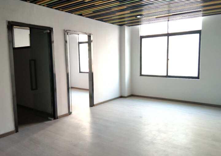 宝安地标建筑 深业U中心 206m² 靠窗方正 拎包入住图片1