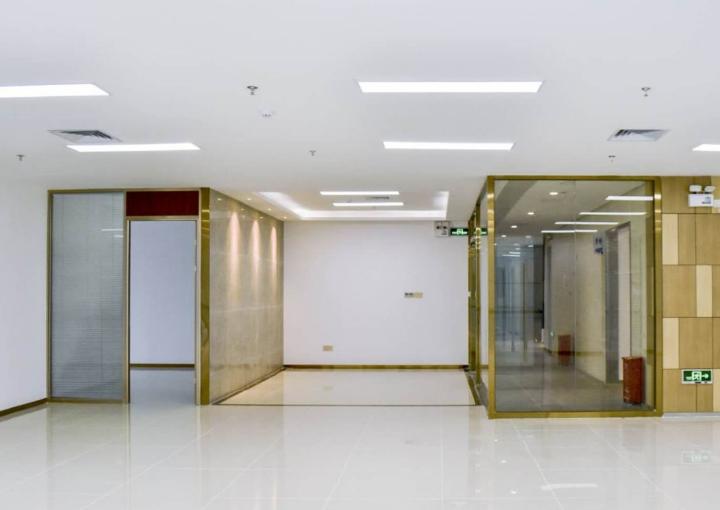 深业U中心写字楼 594m² 可分租 可注册图片1