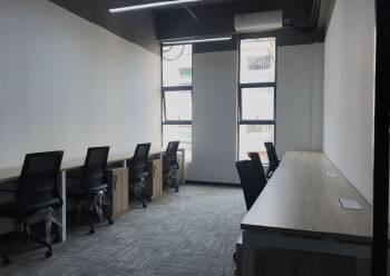 宝安 新安 蓝坤集团大夏写字楼 148m² 带隔间图片2
