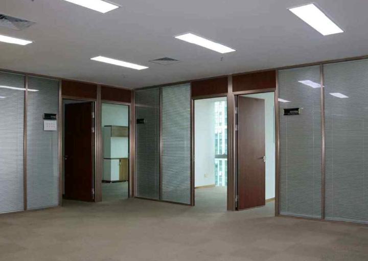 宝安区深业U中心写字楼 385m² 户型正图片2