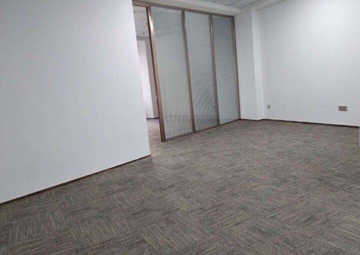 蓝坤集团大夏 220m² 低区 精装图片3