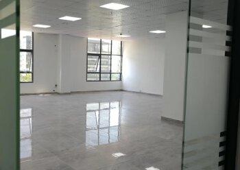 激尚众创空间 49m² 低区 精装修带家私,价格优惠图片1