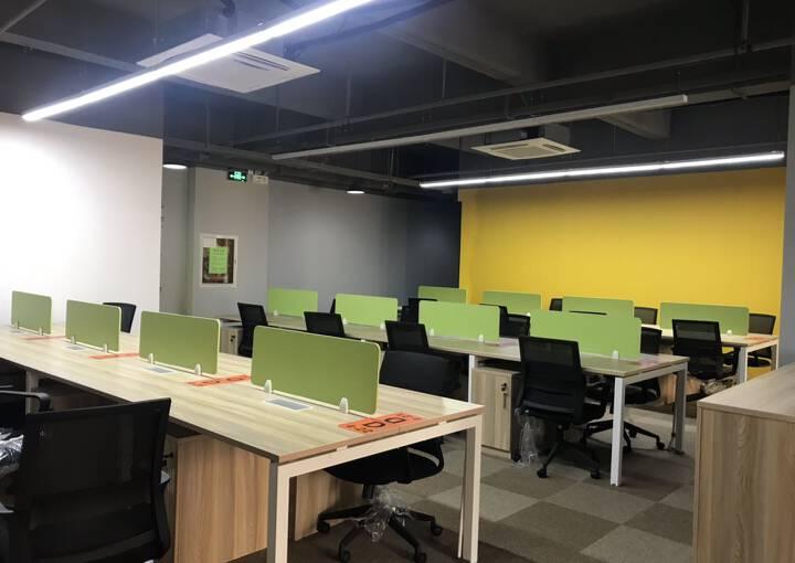 宝安 新安 蓝坤集团大夏写字楼 148m² 带隔间图片4