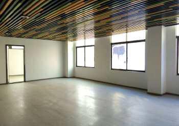 宝安地标建筑 深业U中心 206m² 靠窗方正 拎包入住图片4