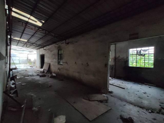 厚街镇赤岭村靠近南城新出7000方仓库出租滴水5米可生产加工
