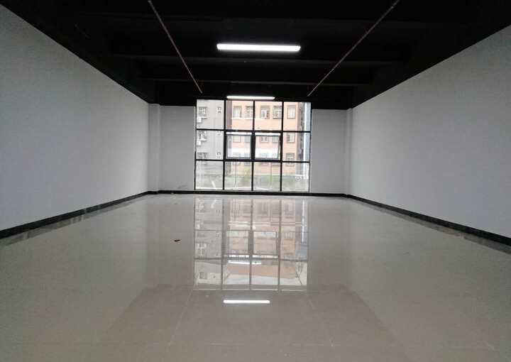 激尚众创空间 16m² 低区 精装图片1