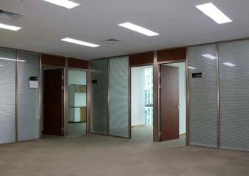 带隔间写字楼 深业U中心 440m² 靠窗方正 采光好图片3