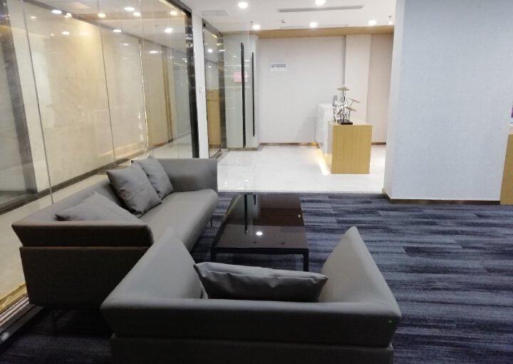 宝安西乡恒丰工业城 710m² 中低区 带装修采光好图片1