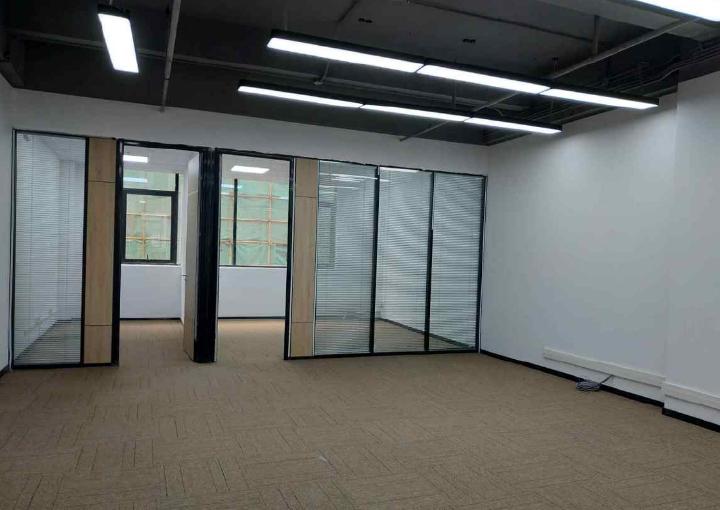 宝安西乡鹏展科创大厦办公室出租 138平米 拎包入住图片1