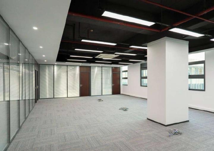 高新奇科技园 630m² 精装 园区物业直租图片1