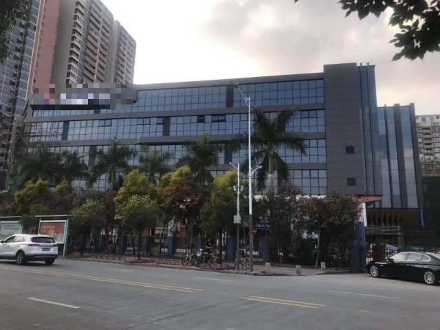 布吉坂田主干道边2万平厂房可做公司总部,4S店,培训学校等