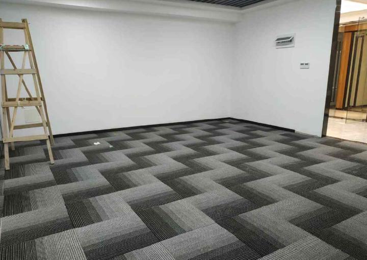 交通便利 西乡摩斯创投大厦 235m² 带隔间 户型超正图片1