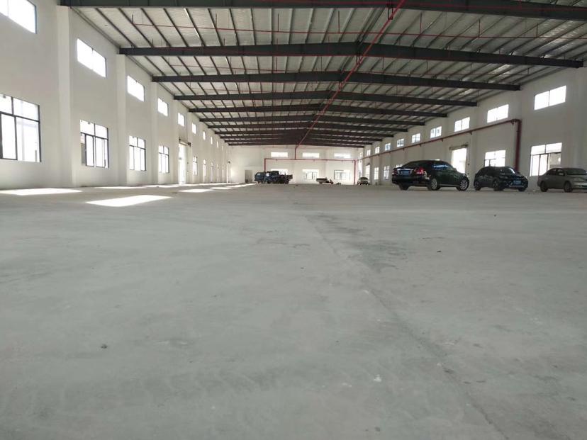 惠阳球场滴水8米钢构2500平方招租-图4