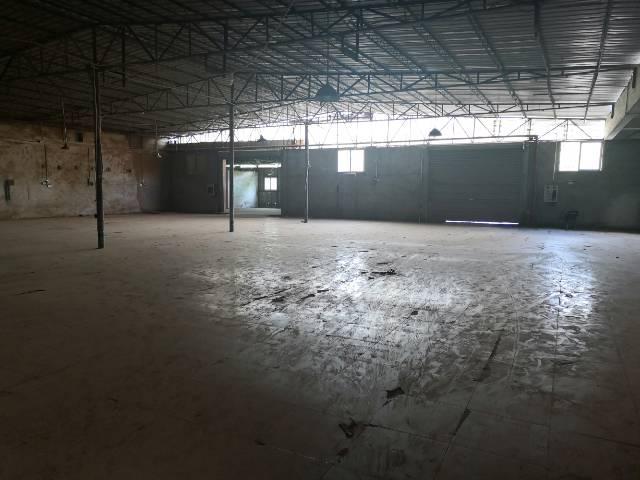 茶山镇工业区厂房单一层2500平