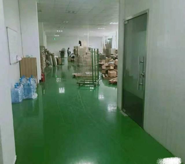 一楼带装修580平标准厂房,带现成装修办公室,入驻即可生产