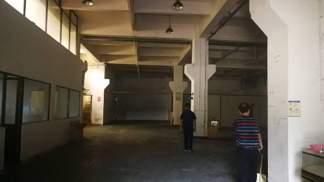 东莞市凤岗镇官井头6.5米高仓库一楼1200平