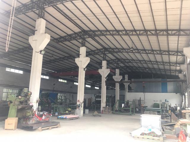 原房东出租单一层钢构厂房,1100平方,滴水7.5米