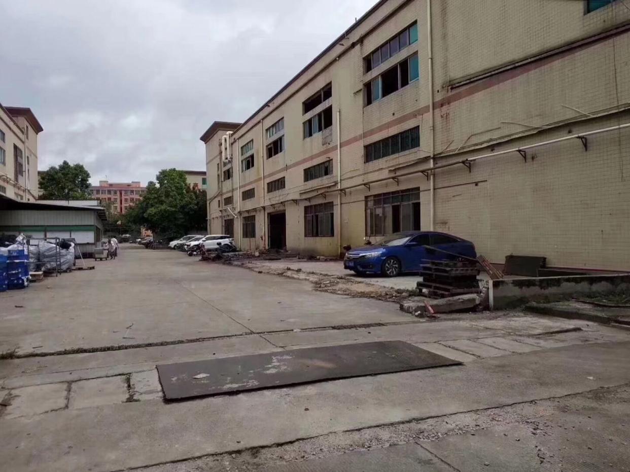 大朗镇佛新工业区新出独院二层厂房总面积10800平方