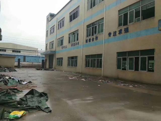 樟木头标准厂房1-3层3300平方,宿舍1200平方