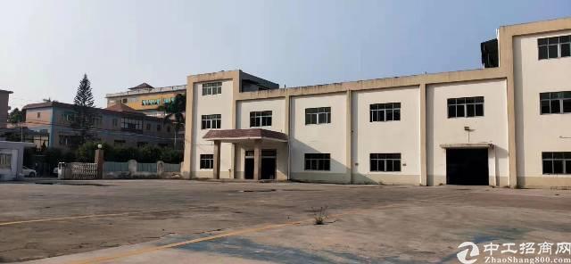 松岗独院厂房1一2F5000平方。