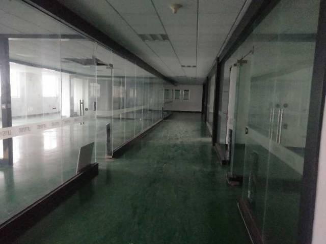 厚街镇三屯村靠近道滘附近1500平米楼上仓库、车间招租