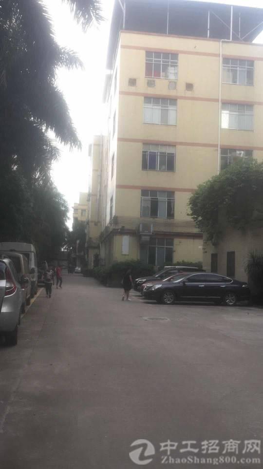 厚街镇三屯村靠近道滘二楼1500方厂房仓库招租