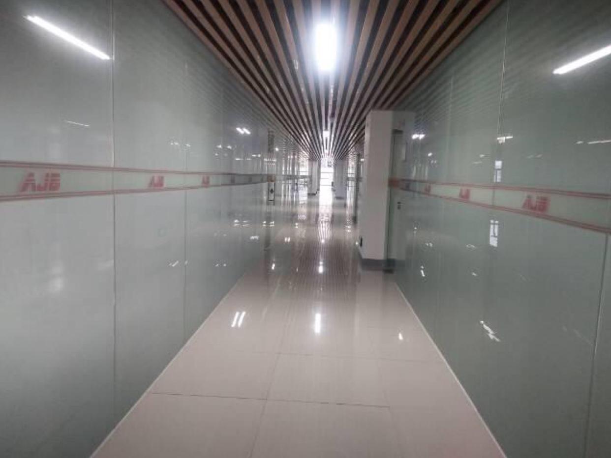广州黄埔鱼珠地铁口零距离精装带家私拎包入住证件齐全250