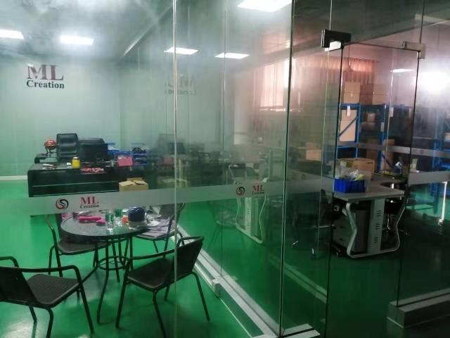 沿江高速出口附近新出楼上1100平方精装修办公室厂房招租