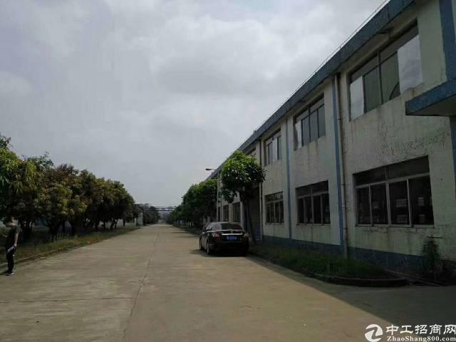 惠州市秋长钢构厂房的滴水9米