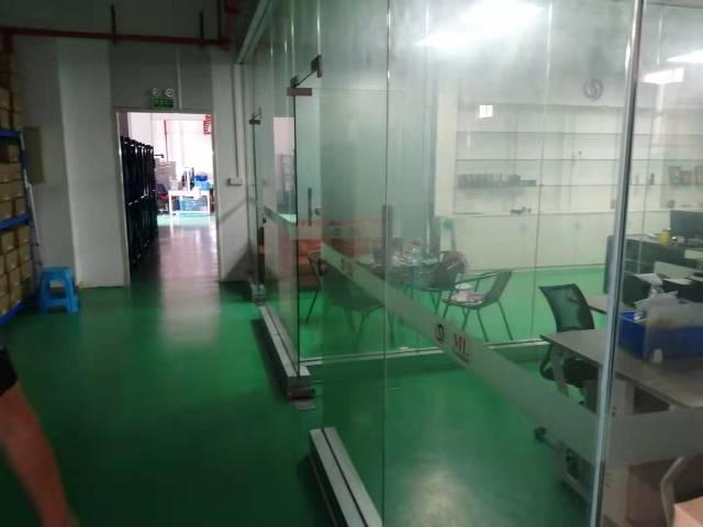 长安锦厦带装修厂房1300平方招租