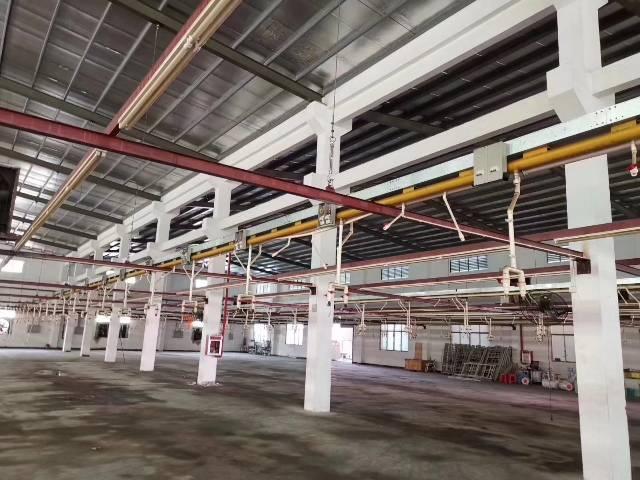 谢岗镇工业厂房1500平方,租20块/平方,高度9米