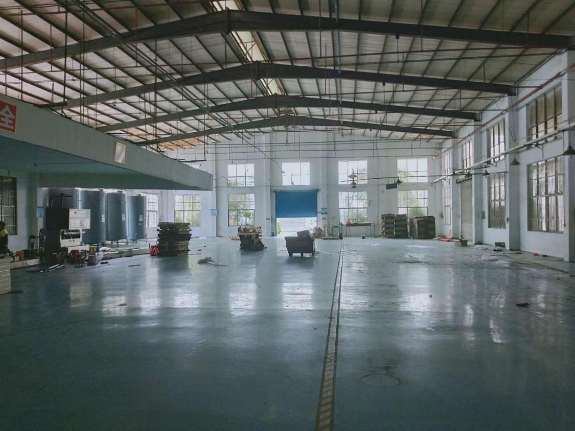 长安厦边独院钢构厂房1800平带办公室厂房九成新地坪漆