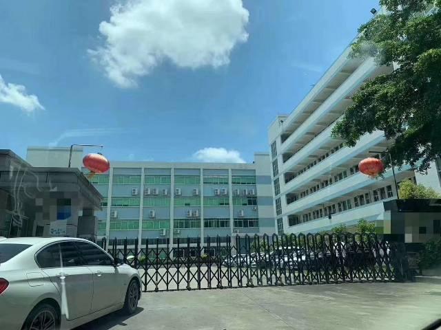 平湖凤凰工业区6000平方米带装修厂房仓库出租