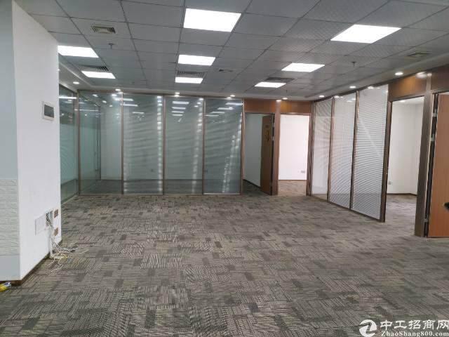 坂田地铁口精装修写字楼112平图片2