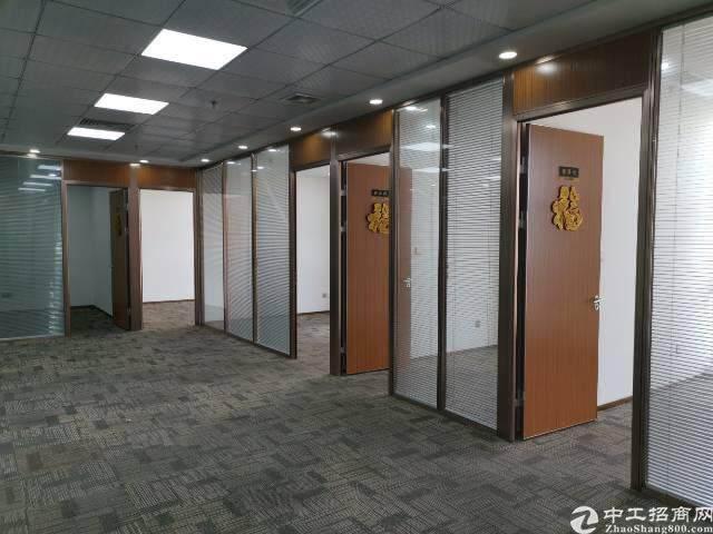 坂田地铁口精装修写字楼112平图片3