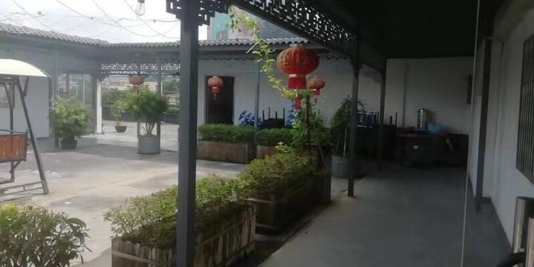 坪地北通道旁花园式厂房