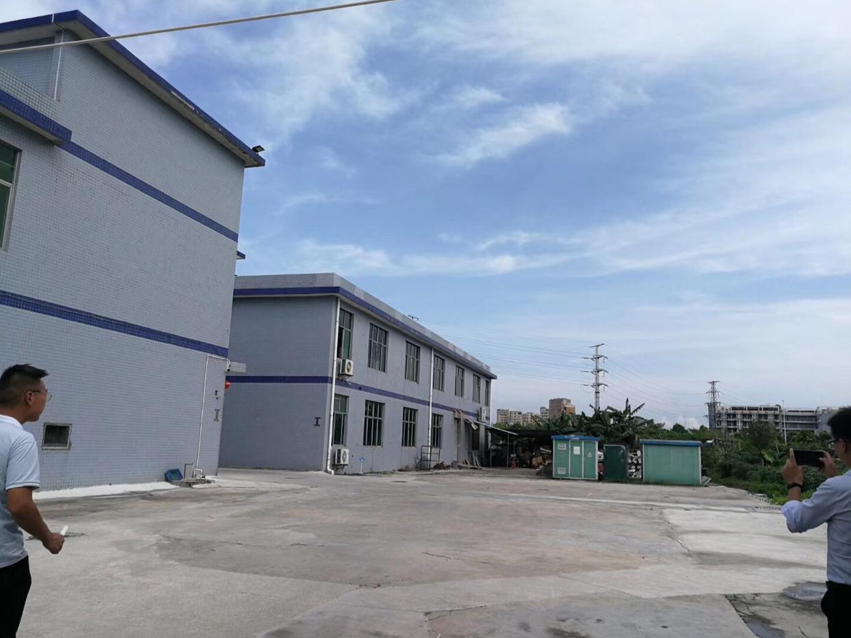公明因为独门独院厂房2层1600平,空地3000平合适配电柜