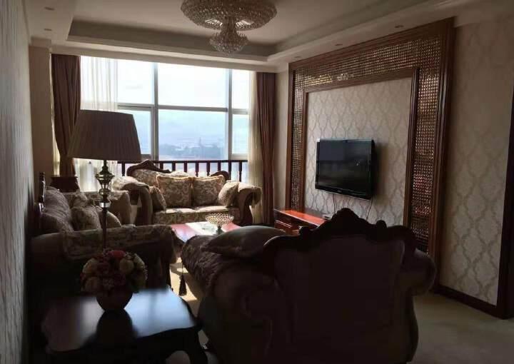 天府新区2600平研发中心办公楼出租价格便宜精装修图片3