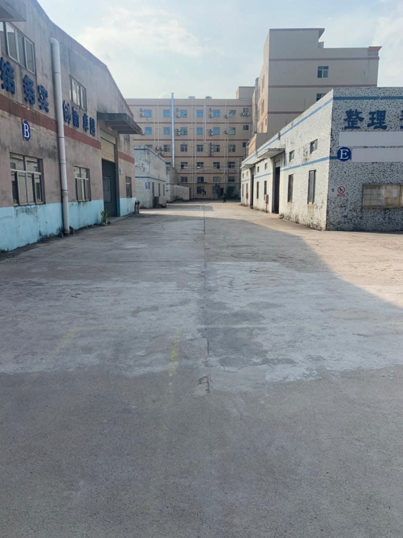 惠阳秋长原房东钢构厂房出租。有牛角位。可架航车。价格便宜证件