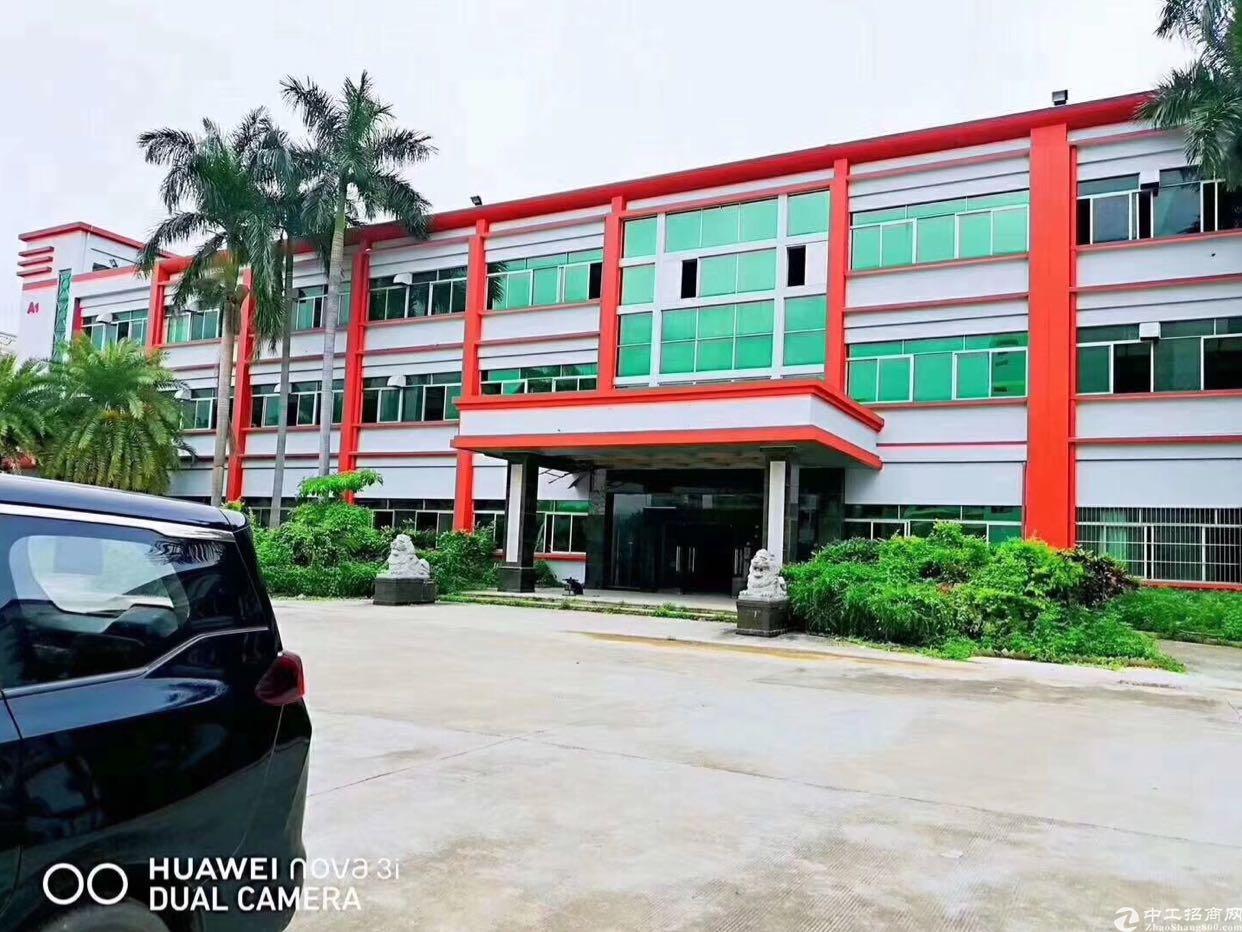 大朗花园式厂房1-3层9000平方,宿舍1100平方。电63