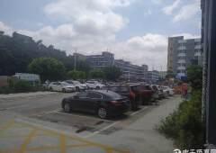 免停车位,有新汽车能源充电桩,新出一楼1500平,层高5米