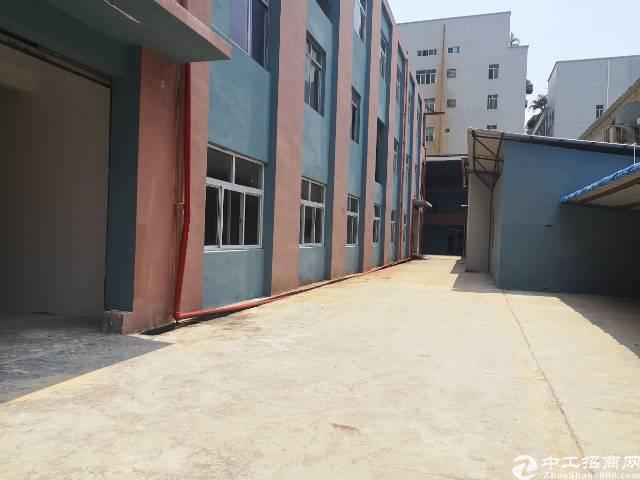 长安镇厦边新出独门独院厂房3000平,已翻新