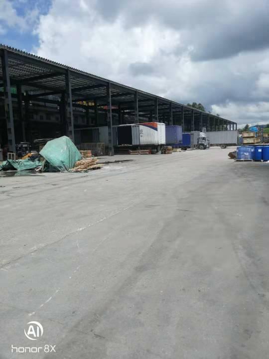 横岗沙荷路边标准物流仓库8000平可分租有雨棚有标准卸货平台