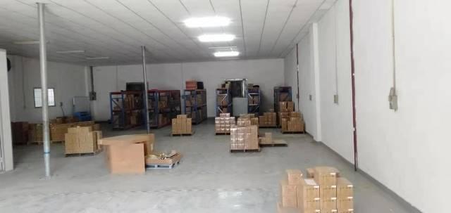东莞市长安镇沙头新出一楼带装修铁皮厂房250平招租