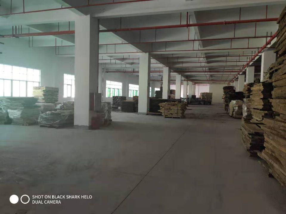 一楼层高6.5米,单层面积8450平方,厂房证件齐全环评好办-图2