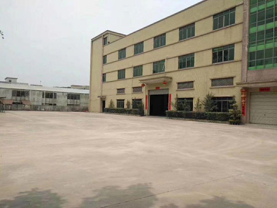 樟木头镇樟洋龙林高速附近新出三层独院厂房9900平方出租