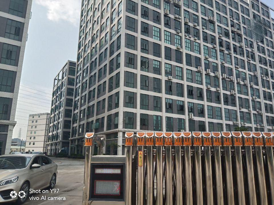 大岭山镇原房东独院厂房2楼14000平方实际面积出租