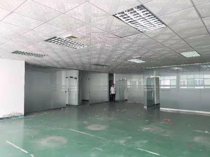 公明田寮原房东880平厂房带办公室装修,实际面积出租