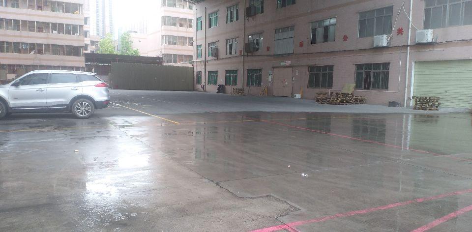 平湖富民工业区一楼厂房1380平米出租